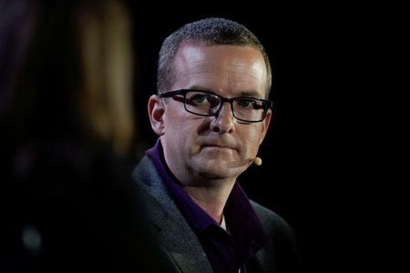 Facebook's technology head Mike Schroepfer to step down