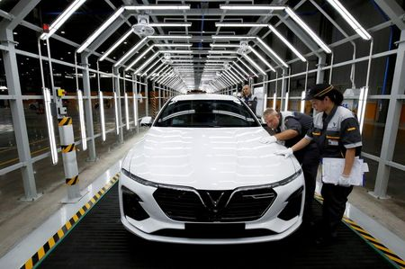 Vietnam carmaker Vinfast eyes start of U.S. deliveries in late 2022, CEO says